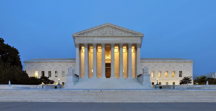 Photo: Panorama of the west facade of United States Supreme Court Building at dusk in Washington, D.c. CC BY-SA 3.0