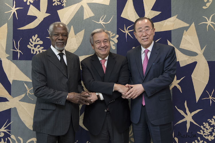 "Photo: In October 2017, Kofi Annan joined his successor as Secretary-General, Ban Ki-moon, and the current chief of the UN, Antonio Guterres at UN Headquarters in New York. On August 19, Guterres described Annan as ""a guiding force for good"" and a ""proud son of Africa who became a global champion for peace and all humanity."" UN Photo/Mark Garten"