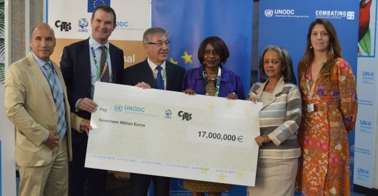 Photo: Presentation of the 17.2 million Euro cheque on December 5 to fund initiatives to combat wildlife killing and trafficking in Africa. Credit: CMS.