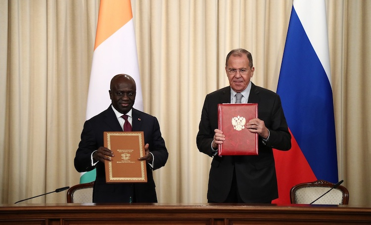 Photo: Côte d'Ivoire Foreign Minister Marcel Amon-Tanoh and Russian counterpart Sergey Lavrov at a joint press conference in Moscow on 17 July 2019.