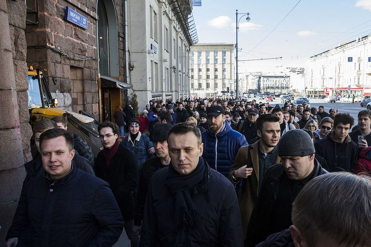 Photo: The Russian opposition leader Alexei Navalny marches on Tverskaya street on 26 March 2017. CC BY-SA 4.0
