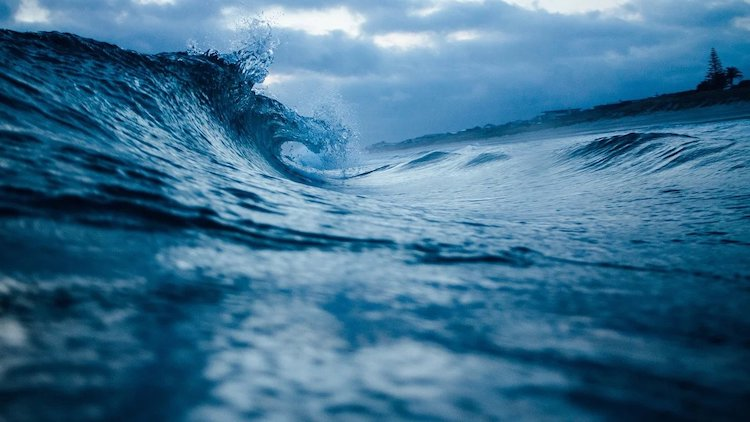 Photo: Ocean waves. Credit: Pixabay