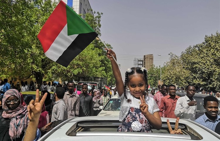 Photo: Rejoicing at Ex-President Omar al-Bashir's arrest. Source: Internet